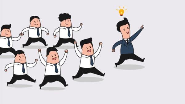Chuyển đổi số là chìa khóa cho doanh nghiệp chuyển đổi cách quản lý kinh doanh truyền thống sang hình thức quản lý thông minh hơn, bắt kịp cuộc cách mạng công nghệ lần thứ tư (công nghiệp 4.0) đang được thúc đẩy và chú trọng tại Việt Nam. Theo thông tin từ Cục Tin học hóa - Bộ Thông tin và Truyền thông (Bộ TT&TT), trong năm 2019 đề án Chuyển đổi số quốc gia sẽ được Thủ tướng Chính phủ phê duyệt và ban hành ngay trong năm và được coi là nhu cầu mang tính cấp thiết tại Việt Nam đặc biệt là với doanh nghiệp và cơ quan nhà nước. Thay thế hoàn toàn các phương thức hoạt động và quản lý thủ công. Bộ TT&TT cho rằng, việc chuyển đổi này sẽ đóng góp tỷ trọng ngày càng cao trong GDP, giúp tăng năng suất lao động và làm thay đổi cơ cấu việc làm. Tuy nhiên hiện tại ở Việt Nam, Chuyển đổi số hiện đã, đang diễn ra và mới xuất hiện tùy lĩnh vực, tùy doanh nghiệp chứ chưa diễn ra ở góc nhìn tổng thể của cả một đất nước. Nói về Chuyển đổi số, người ta sẽ nhắc đến những lợi ích mà nó mang lại cho doanh nghiệp. Tất nhiên là nếu không mang lại những lợi ích to lớn, tiết kiệm chi phí, tăng năng suất, giảm nhân công thì không một doanh nghiệp nào sẵn sàng đầu tư cho cuộc cách mạng đang rất được quan tâm này. Theo báo cáo của Microsoft và IDG cho thấy, trong vòng 3 năm tới, 85% công việc sẽ phải thay đổi, chuyển hóa; trong đó, có 32% công việc đòi hỏi người lao động phải được đào tạo nâng cao kỹ năng số thì mới làm việc lại; 26% công việc mới tạo ra nhờ chuyển đổi số (chuyên gia phân tích dữ liệu, chuyên gia AI); và có tới 27% công việc sẽ biến mất do tác động của chuyển đổi số… Vậy chuyển đổi số có ảnh hưởng trực tiếp thế nào tới các doanh nghiệp Việt Nam? 1. Lợi ích của chuyển đổi số tới doanh nghiệp Việt Nam trong sản xuất kinh doanh Nhắc đến cách mạng công nghiệp 4.0, người ta sẽ nhắc đến trí tuệ thông minh nhân tạo (AI : Artificial Intelligence) , Internet vạn vật (IOT: Internet Of Thing), Dữ liệu lớn (Big Data), chia sẻ dữ liệu (Blockchain). Các công nghệ này thay đổi mọi mặt thói qu