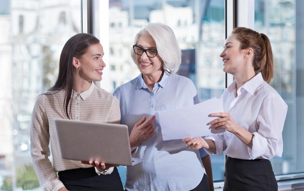 Làm sao để đảm bảo được sự linh hoạt, không máy móc khi quản lý nhân viên làm việc ngoài văn phòng