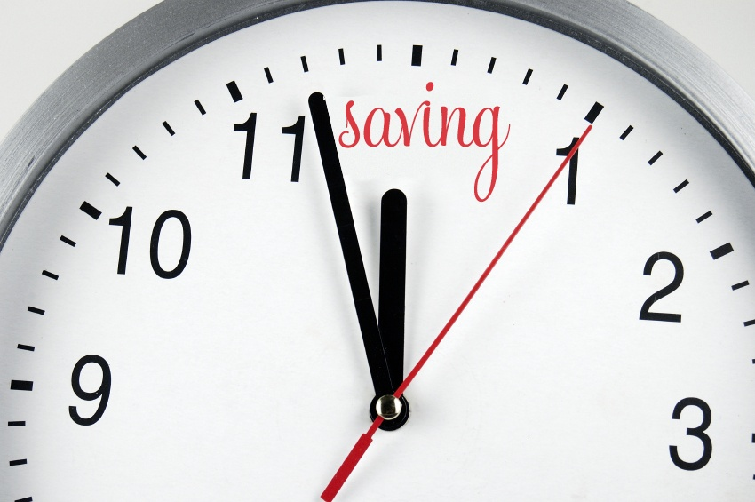 Với bộ phận kế toán, việc ứng dụng trực tiếp công nghệ vào hoạt động chấm công, tổng hợp, tính toán bảng công giúp tối ưu thời gian làm việc, giảm sự sai lệch