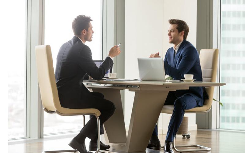 """Bài học bán hàng """"lắng nghe khách hàng"""""""