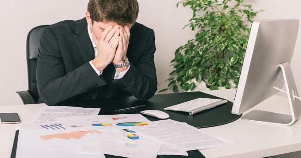 """Lãnh đạo, nhân viên """"đau đầu"""" vì xử lý giấy tờ hành chính"""