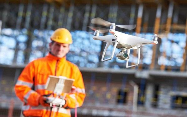 Công nghệ máy bay không người lái đang được sử ứng dụng rộng rãi tại công trường