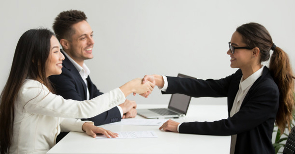 Đăng tin tuyển dụng cần nội dung thu hút để các ứng viên có thể tìm hiểu và nộp hồ sơ tới doanh nghiệp