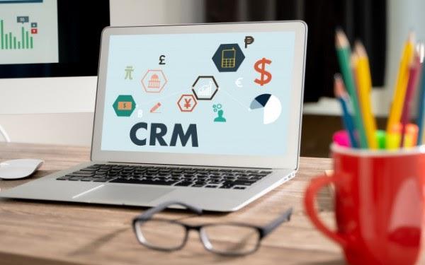 CRM viết tắt của từ tiếng anh Customer Relationship Management