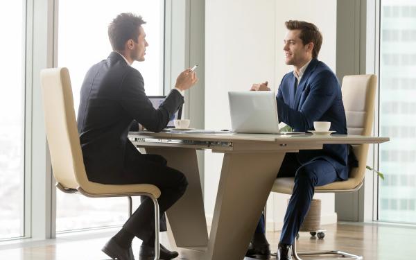 Cách chốt sales hiệu quả nhất là chốt đơn hàng trực tiếp với khách hàng