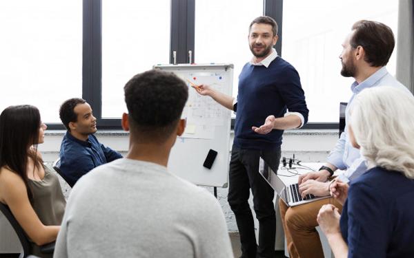Chưa theo sát và hỗ trợ để nhân viên nâng cao năng suất
