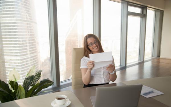 Mỗi doanh nghiệp nên chuẩn bị một số mẫu giấy mời làm việc