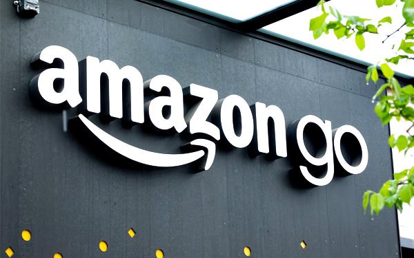 Amazon liên tục đứng đầu trong danh sách mức độ hài lòng của khách hàng trong nhiều năm