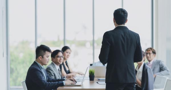 Làm thế nào để thăng tiến từ nhân viên bán hàng lên trưởng phòng kinh doanh?