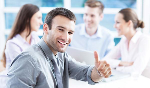 Phần mềm HRM giúp nhân viên chủ động theo dõi mọi thông tin về KPI, lương,... từ đó cải thiện sự hài lòng của nhân viên với doanh nghiệp