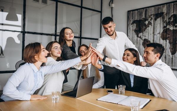 Để chứng minh năng lực, trưởng phòng kinh doanh cần làm gì