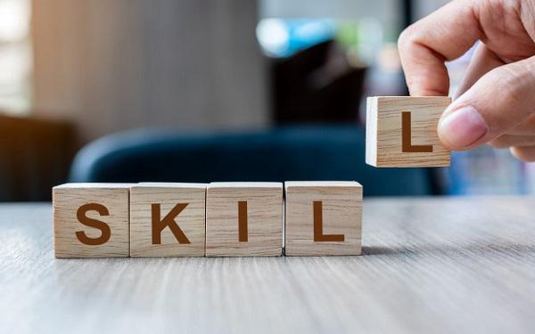 Phát triển các kỹ năng cá nhân nhằm giúp nhân viên cải thiện năng lực và kỹ năng cốt lõi của bản thân