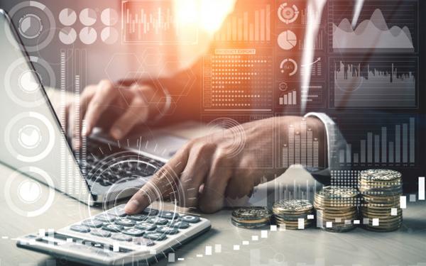 KPI thể hiện sự so sánh giữa doanh thu thực tế và doanh thu dự kiến