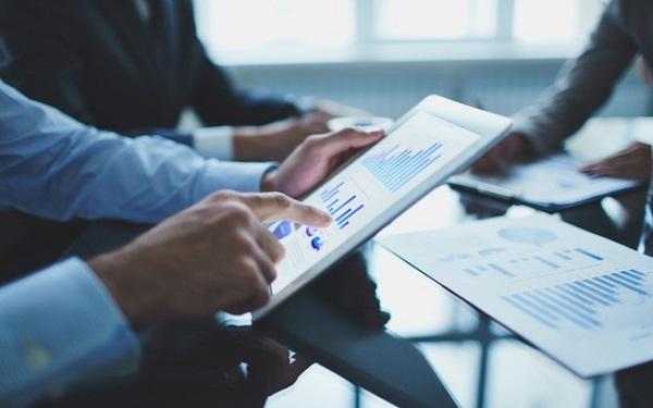 Doanh nghiệp hiện nay đang chọn sử dụng các giải pháp phần mềm để đo lường các chỉ số thu chi trong doanh nghiệp