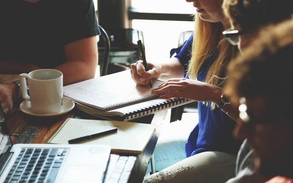 Trưởng phòng kinh doanh cần cần không ngừng học hỏi, trau dồi thêm các kỹ năng nghiệp vụ