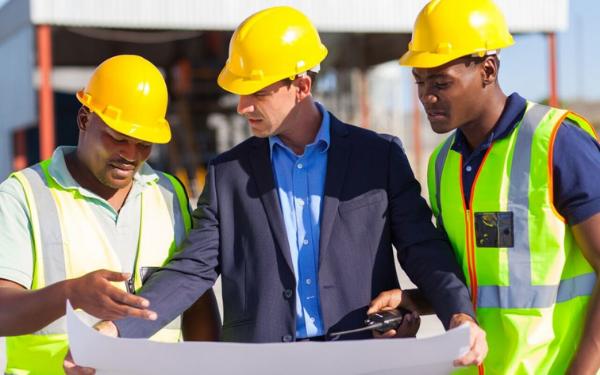 Thách thức trong công tác quản lý nhân viên công trình